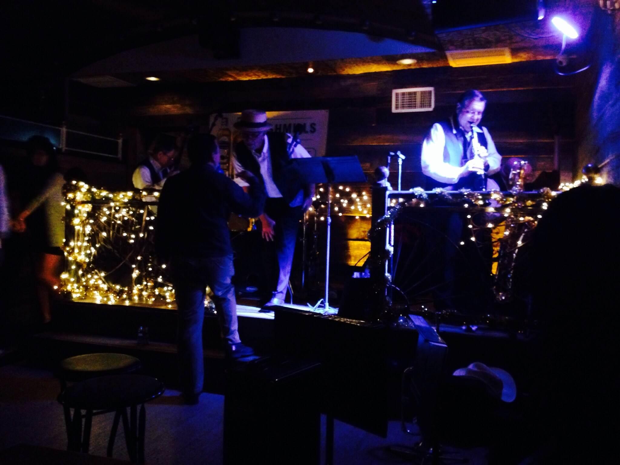 6 - Dixieland jazz at Prohibition